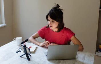 10 Top Stylists Offering Virtual Services on StyleSeat