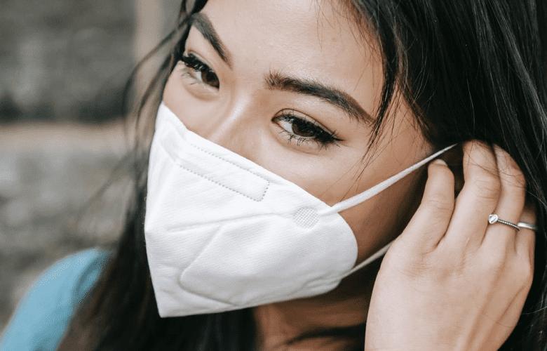 combat mask acne