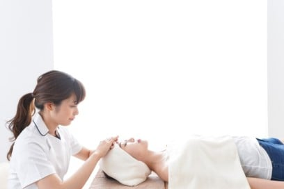 How to Get More Clients as an Esthetician