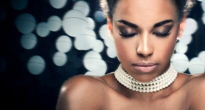 How to Build Makeup Clientele as a Freelance Artist
