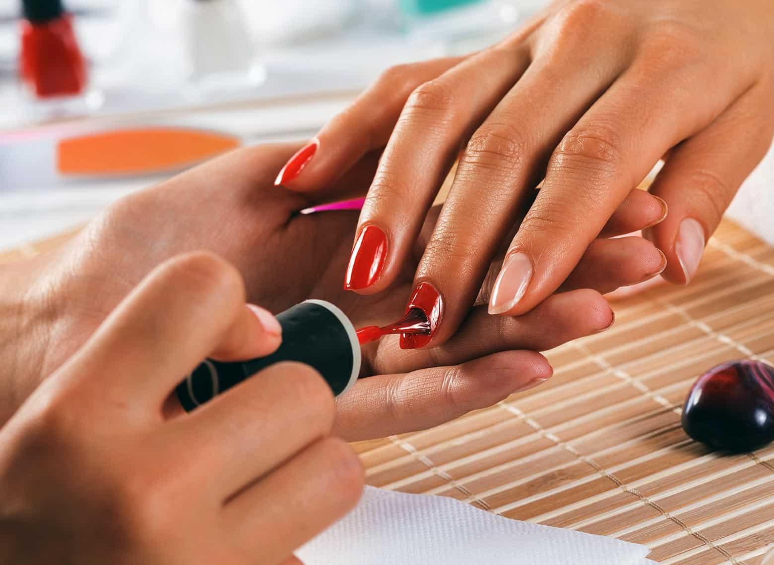 vinylux manicure