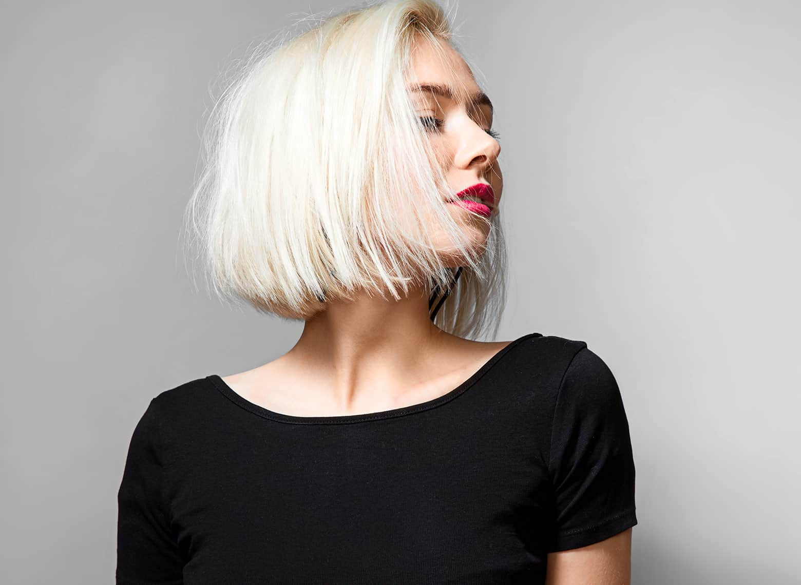 woman with short razored cut
