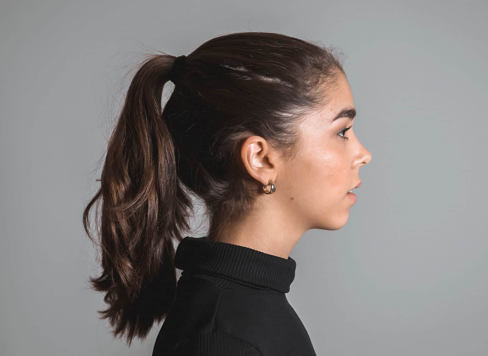 woman with classic ponytail