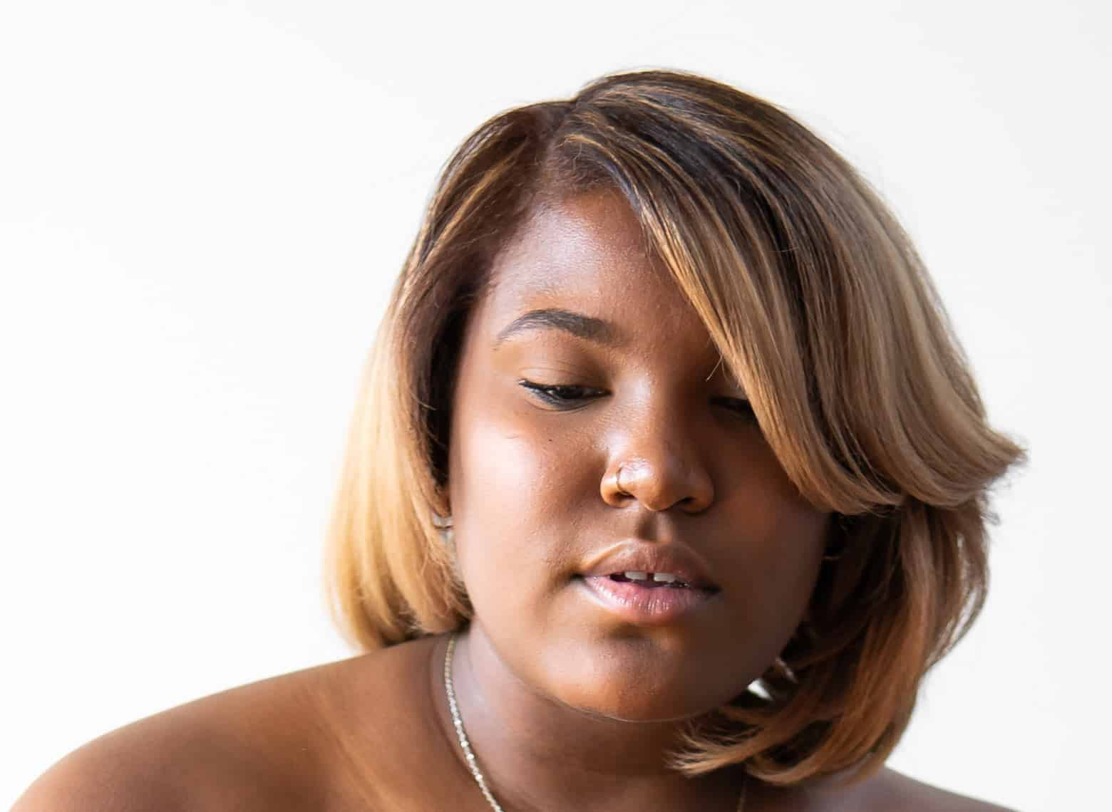 woman with bob side bangs