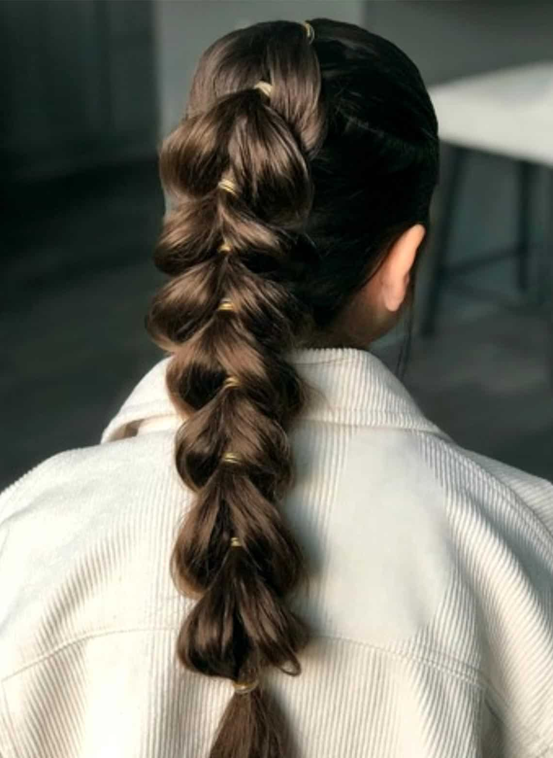 woman with bubble braid