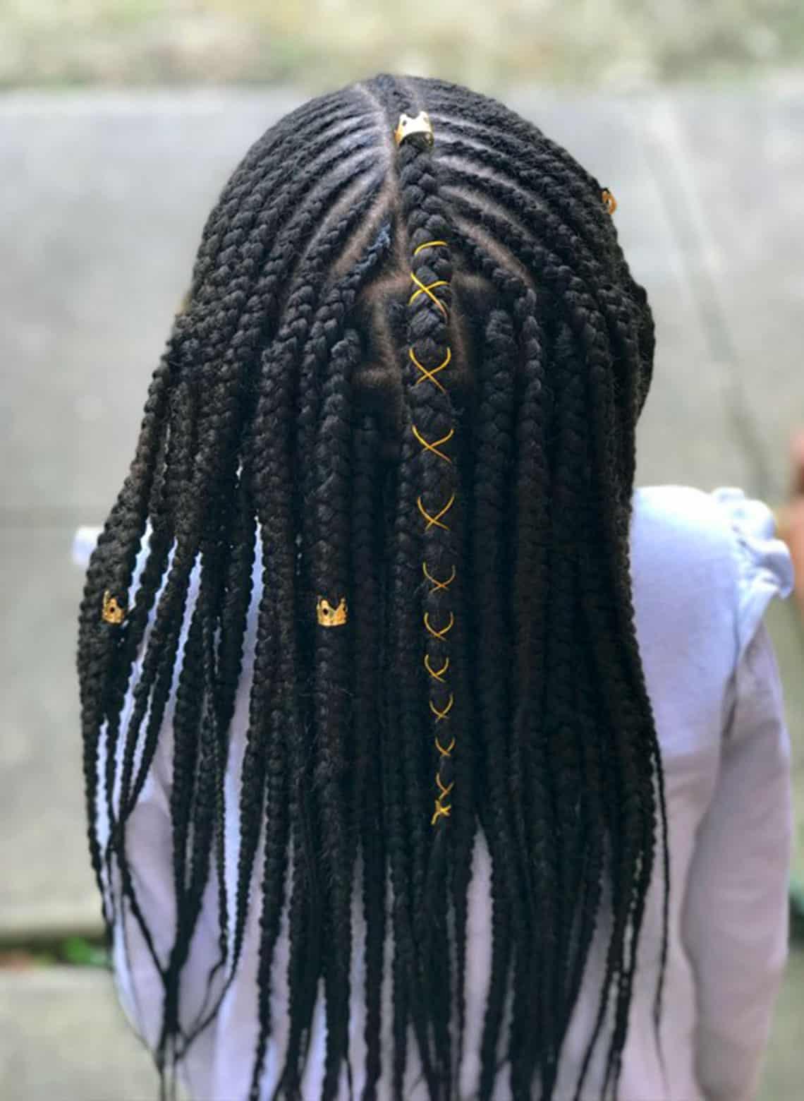 woman with fulani braids