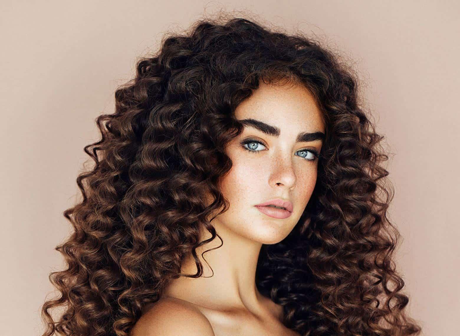 woman with barrel curls