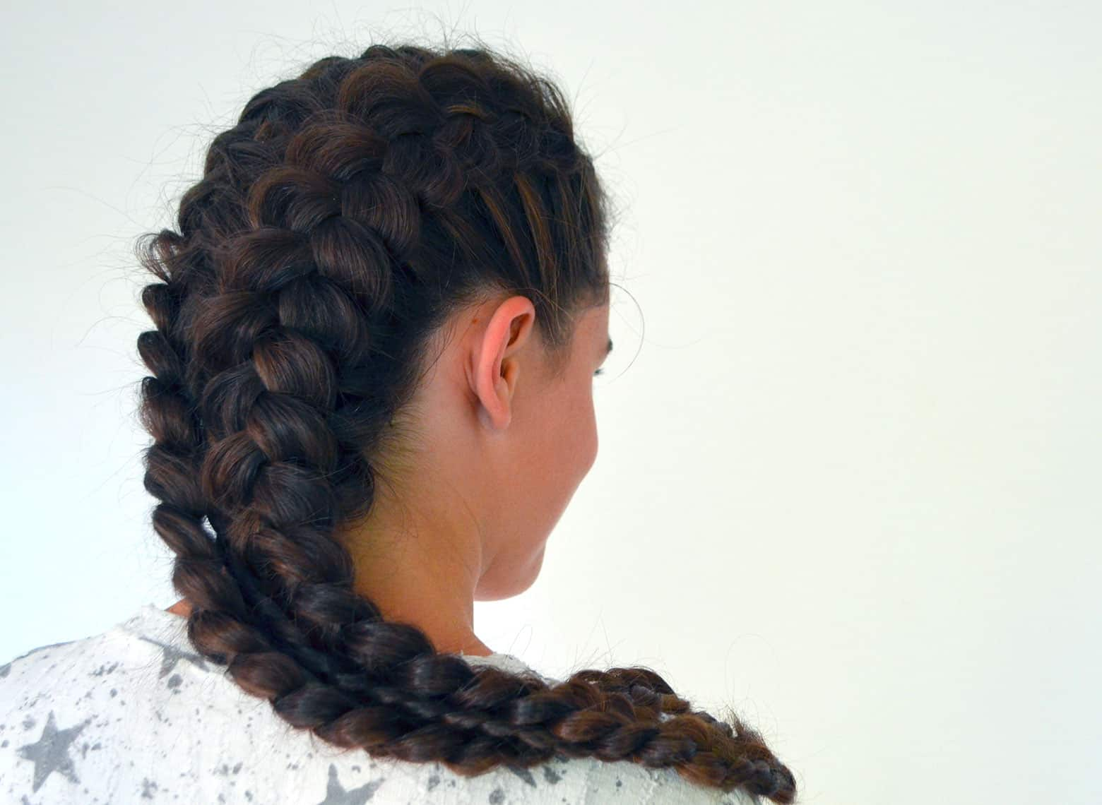 woman with fishtail braid
