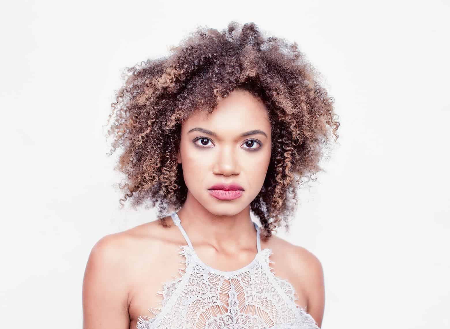 woman with twist out