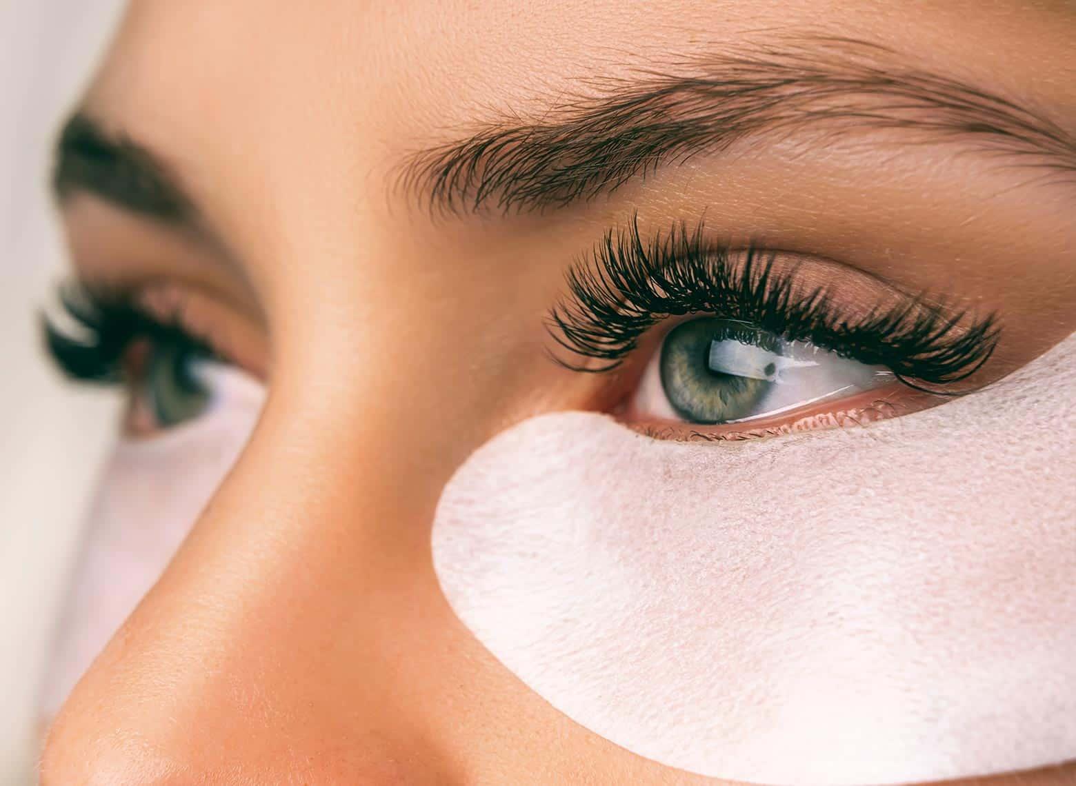 applying under eye pads