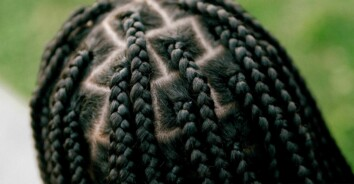 What Are Knotless Braids?